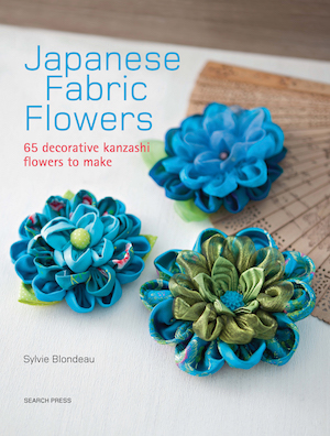 photo: livre japanese fabric flowers